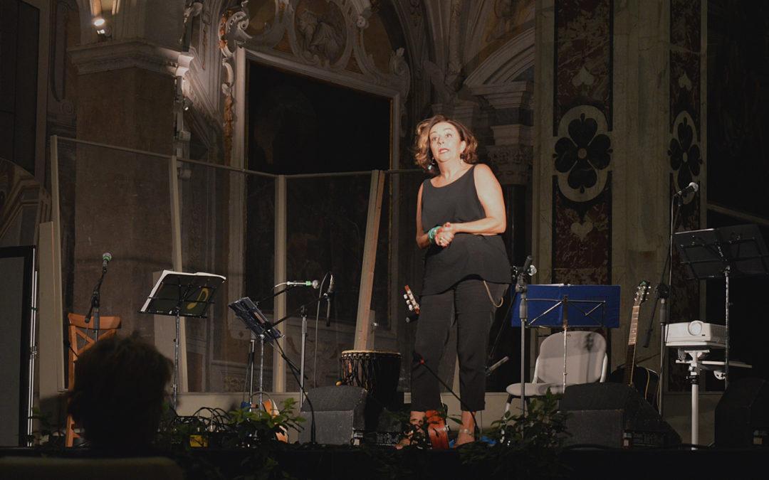 Spettacolo INFINITO AMORE. Con Anna Meacci.
